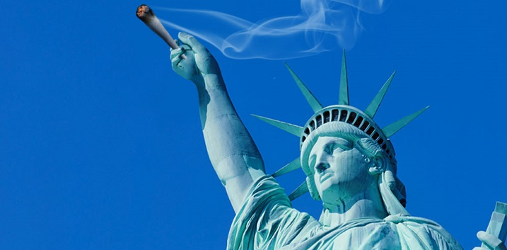 NY Makes Using E-Cigarettes Indoors Illegal